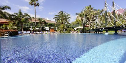 Pool på Hotel Bahia Principe Sunlight San Felipe på Tenerife, De Kanariske Øer, Spanien.