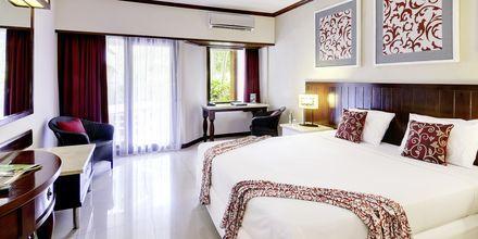 Deluxe-værelse på Bali Garden Beach Resort i Kuta, Bali.