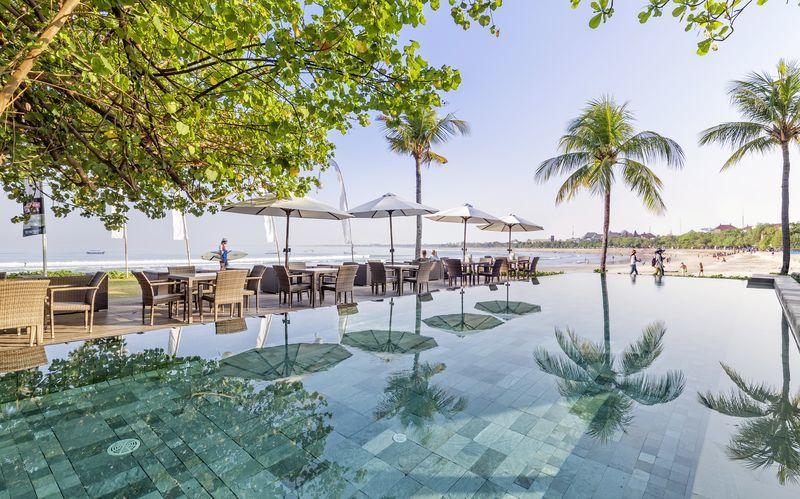 Pool ved Bali Garden Beach Resort i Kuta, Bali.