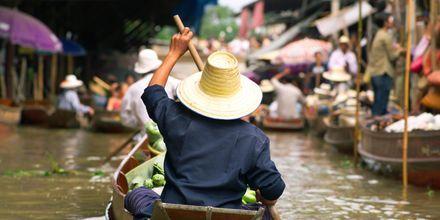 Det flydende marked udenfor Bangkok.