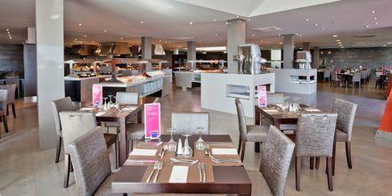 Buffetrestaurant på Hotel Barcelo Castillo Beach Resort på Fuerteventura, De Kanariske Øer, Spanien.
