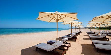 Stranden ved Hotel Baron Palace Resort i Sahl Hasheesh, Egypten.
