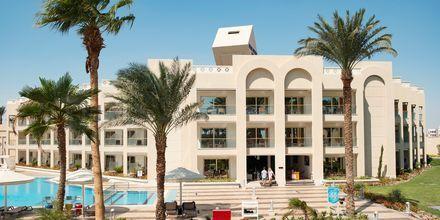 Bygning og pool kun for Apollos gæster på Hotel Beach Albatros Resort i Hurghada, Egypten.