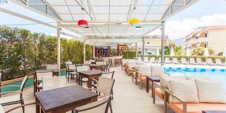 Poolbaren på Hotel Bel Air på Lefkas, Grækenland.