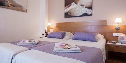 2-værelses lejlighed på hotel Blue Dome i Platanias, Kreta