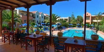 Snackbar på Blue Sea Apartments på Kreta, Grækenland.