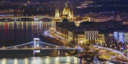 Budapest by night er et smukt syn, og her findes en masse at opleve.