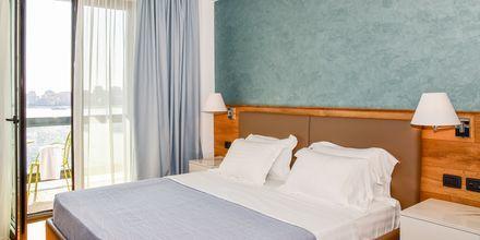 Dobbeltværelse på Hotel Butrinti i Saranda, Albanien.