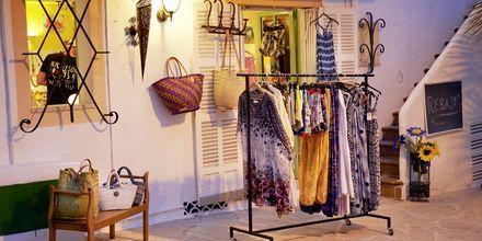 Shoppinggade i Cala d'Or på Mallorca, Spanien.