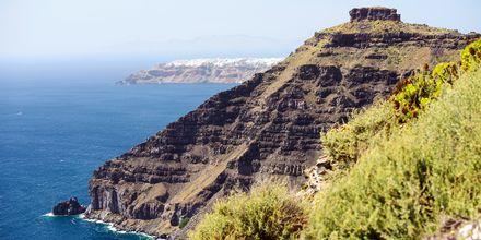 Calderan og Det Ægæiske Hav på Santorini, Grækenland.
