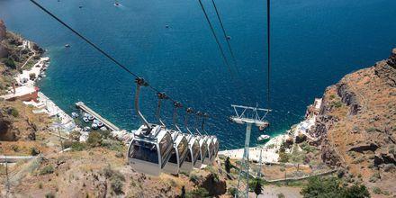 Svævebane til havnen i Fira.