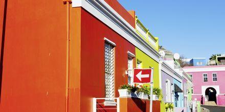 Farverige huse i bydelen Bo-kaap, Cape Town.