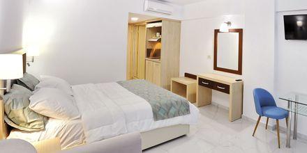 Den nybyggede hotelbygning på Captain Stavros på Lefkas i Grækenland.