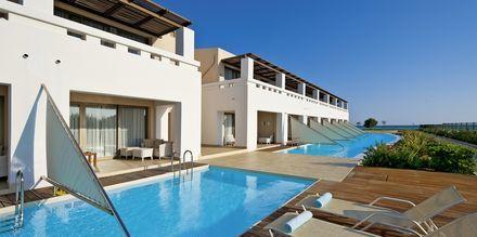 Dobbeltværelse med delt pool på Giannoulis Cavo Spada Deluxe & Spa på Kreta, Grækenland.