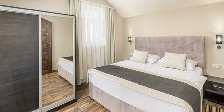 2-værelses lejlighed på Hotel Central Beach 9 i Makarska, Kroatien.