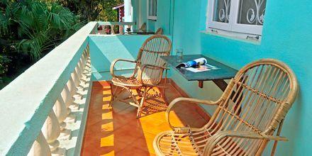 Dobbeltværelse på Chalston Beach Resort i Goa, Indien.