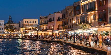 Havnepromenaden i Chania by på Kreta, Grækenland.