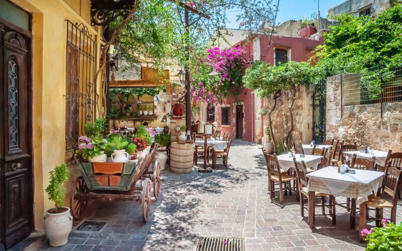 Charmerende restaurant i Chania by på Kreta.