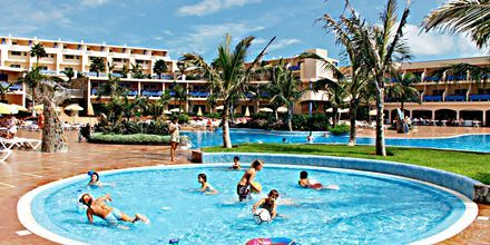 Poolområde på Hotel Club Drago Park på Fuerteventura, De Kanariske Øer, Spanien