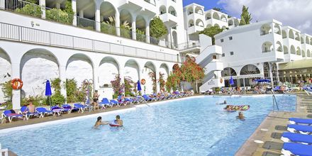 Poolområde på Hotel Colina Mar på Gran Canaria, De Kanariske Øer.