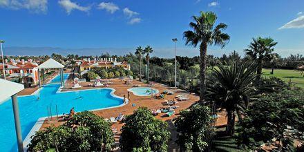 Poolen på Cordial Green Golf i Maspalomas på Gran Canaria