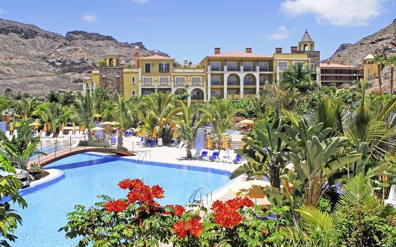 Poolområde på Cordial Mogan Playa i Puerto Mogan, Gran Canaria, De Kanariske Øer, Spanien.