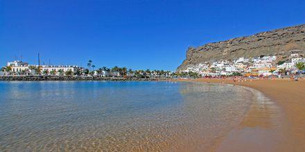 Stranden i Puerto Mogán på Gran Canaria, De Kanariske Øer, Spanien.