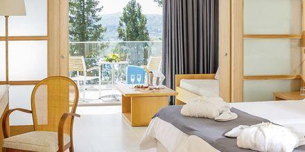 Dobbeltværelse superior i bungalow på Corfu Holiday Palace Kanoni, Korfu