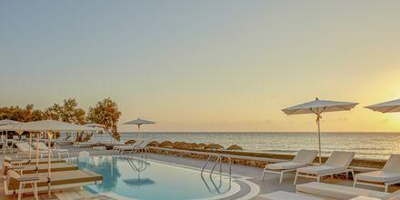Costa Grand Resort & Spa i Kamari på Santorini