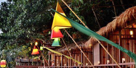 Strandrestaurant på Hotel Crown Lanta Resort & Spa på Koh Lanta, Thailand.