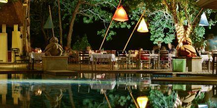 Restaurant på Hotel Crown Lanta Resort & Spa på Koh Lanta, Thailand.