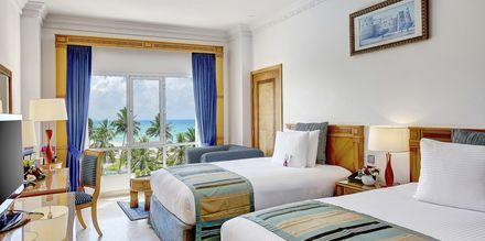 Dobbeltværelse på Hotel Crowne Plaza Resort i Salalah, Oman.