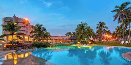 Poolområde på Hotel Crowne Plaza Resort i Salalah, Oman.