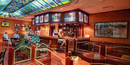 Al Khareef Pub på Hotel Crowne Plaza Resort i Salalah, Oman.