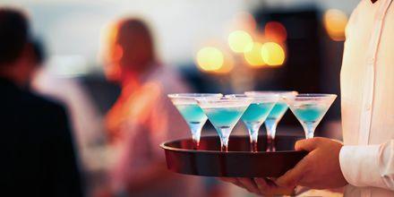 I Curacao kan du prøve drikken af samme navn som øen. Det er en citruslikør med en meget sød smag.