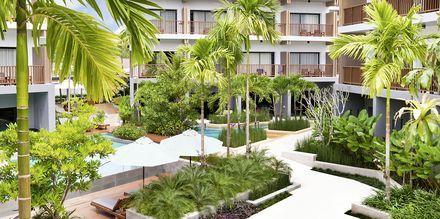 Poolområde på Deevana Plaza, Ao Nang i Krabi