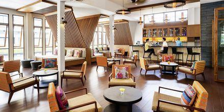Bar på Deevana Plaza, Ao Nang i Krabi