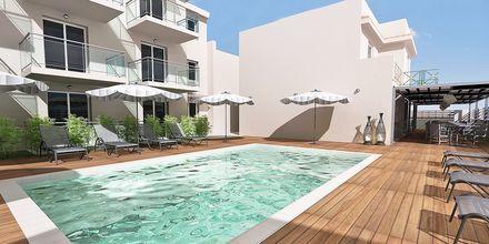 Skitsetegning af poolområde på Hotel Diamanta på Skiathos, Grækenland.