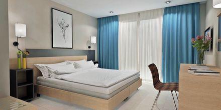 Skitsetegning af dobbeltværelse på Hotel Diamanta på Skiathos, Grækenland.