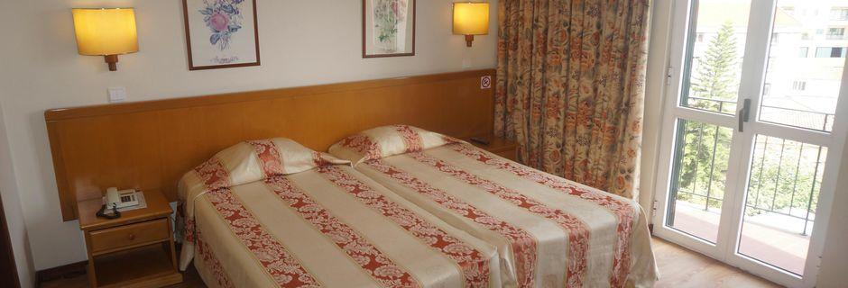 Dobbeltværelse på Hotel Do Centro på Madeira.