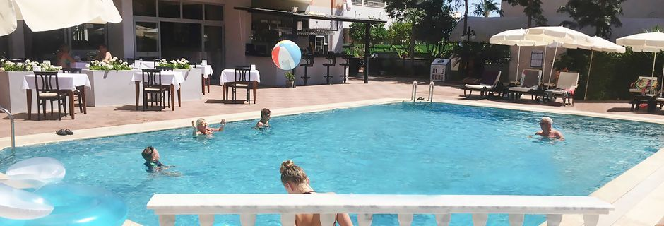 Poolen på Hotel Dolphin Family i Alanya, Tyrkiet.