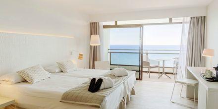 Deluxe-værelse på Hotel Don Gregory by Dunas på Gran Canaria, Spanien.