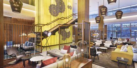 Lobby på Doubletree by Hilton Business Bay, Dubai.