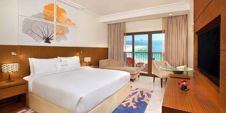 Dobbeltværelse på hotel Doubletree by Hilton Marjan Island i Ras al Khaimah, De Forenede Arabiske Emirater.