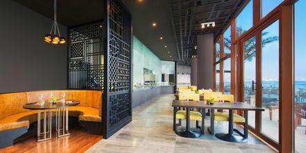 Restaurant Sanchaya på Hotel Doubletree by Hilton Marjan Island i Ras al Khaimah.