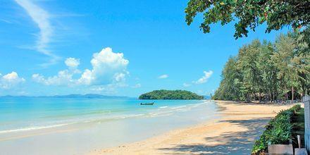 Stranden ved hotel Sheraton Krabi Beach Resort.