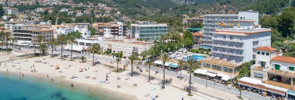Stranden ved Hotel Eden, Puerto de Sóller, Mallorca.