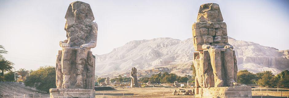 De mægtige Memnon-støtter.