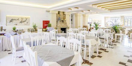 Morgenmad på Hotel Erato i Karlovassi på Samos, Grækenland.
