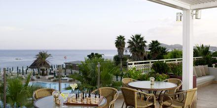 Lounge bar på Hotel Esperos Mare på Rhodos, Grækenland